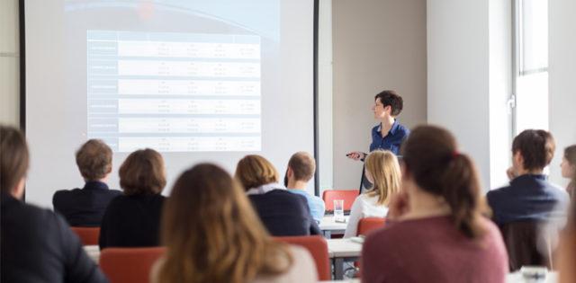 Presentaciones en clases; una herramienta para la vida profesional